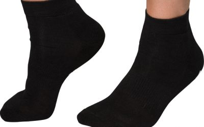 Is it better to wear bamboo socks?